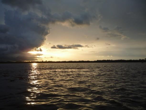 Napnyugta az Amazonason