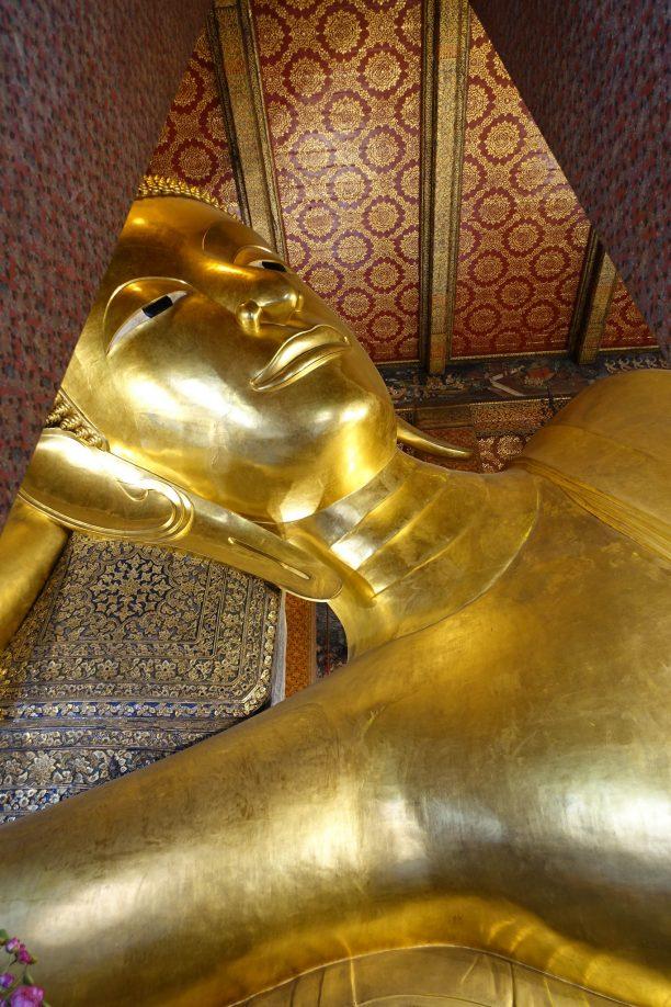 Fekvő Buddha a Wat Pho-ban